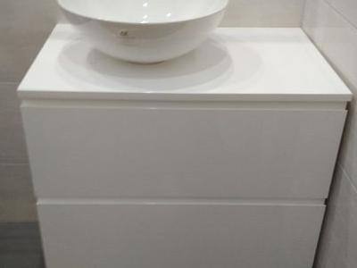 Meble łazienkowe 10